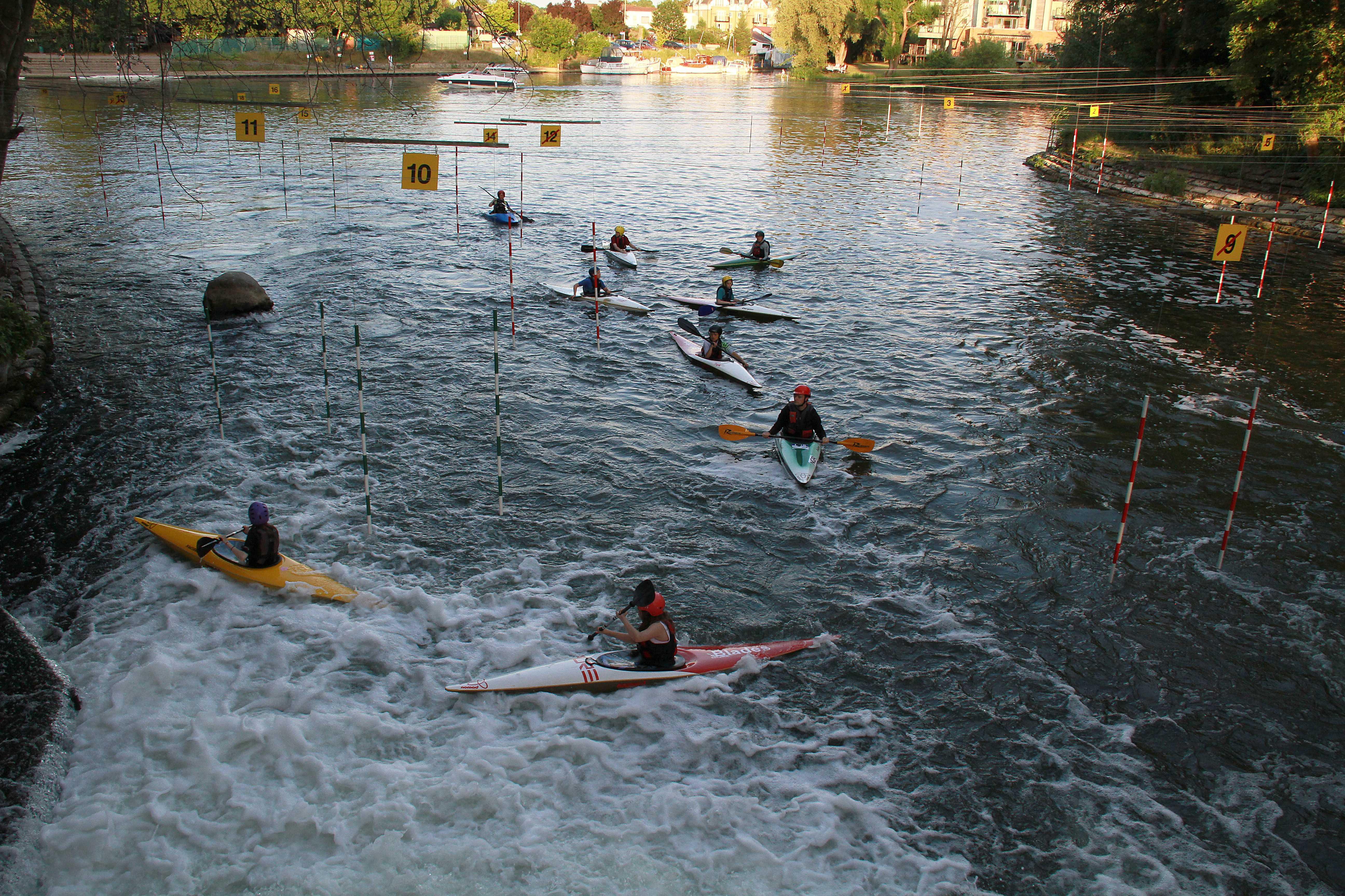 Canoeing / Kayaking taster sessions